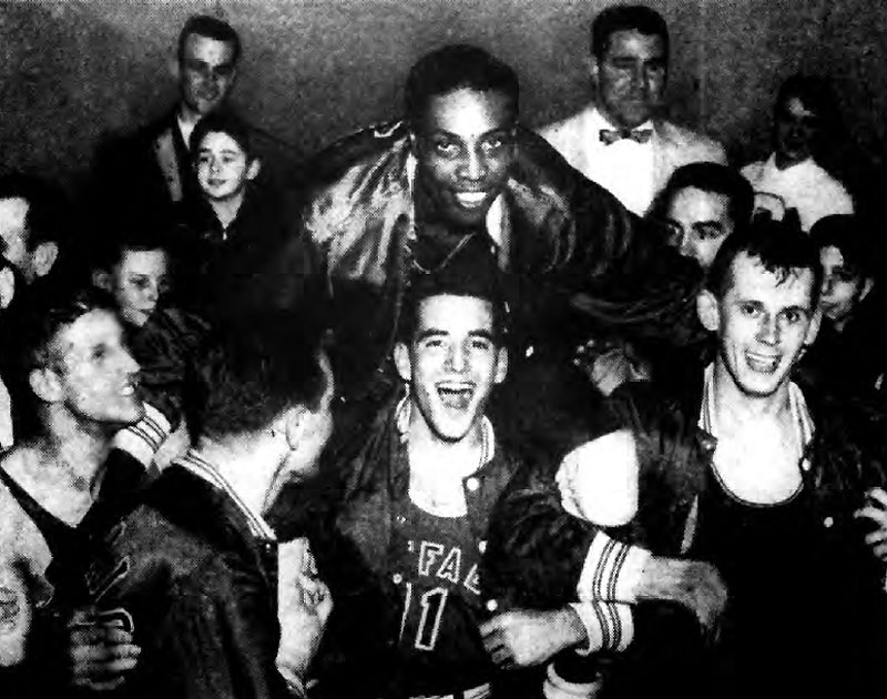 Jim Horne is carried off the court on Dave Levitt's shoulders as Ernie Benoit, Roy Fowler and Ed Anderson join in ovation for Horne's last game with U.B.