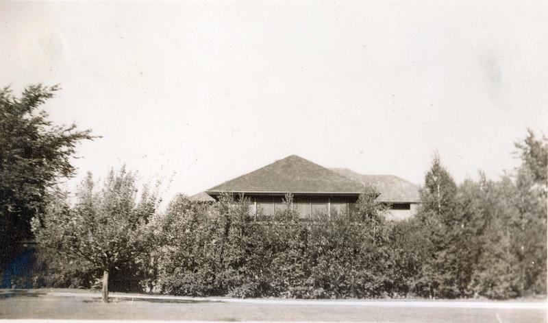 http://digital.lib.buffalo.edu/upimage/1955.jpg