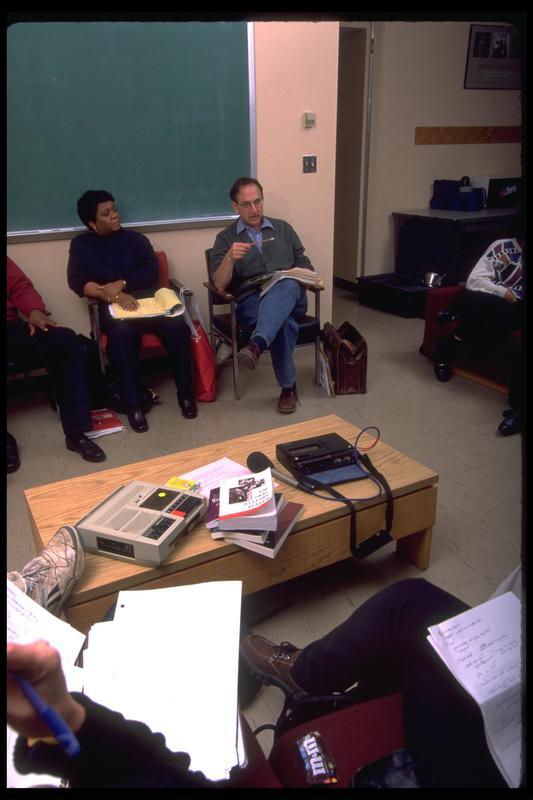 http://digital.lib.buffalo.edu/photo/photos/99050/99050019.jpg