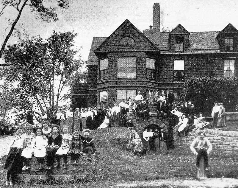 http://digital.lib.buffalo.edu/upimage/19150.jpg