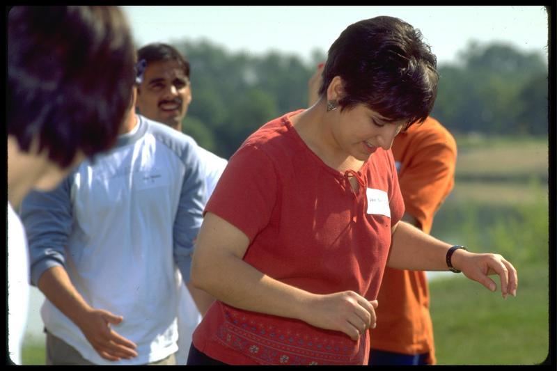 http://digital.lib.buffalo.edu/photo/photos/01011/01011065.jpg