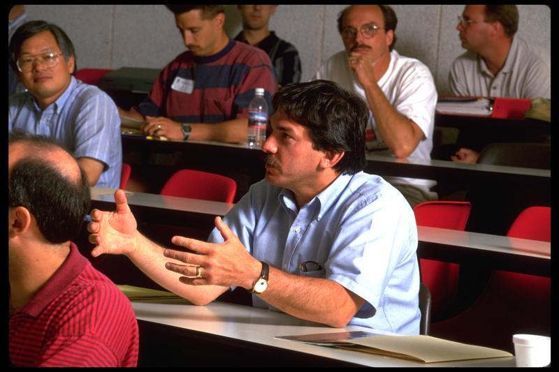 http://digital.lib.buffalo.edu/photo/photos/99077/99077063.jpg