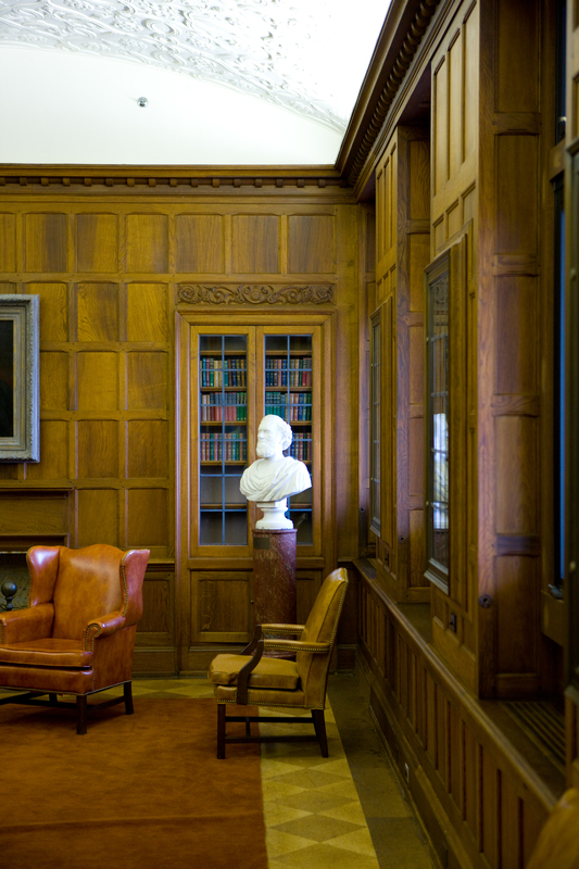 http://digital.lib.buffalo.edu/photo/photos/08513/08513001.jpg
