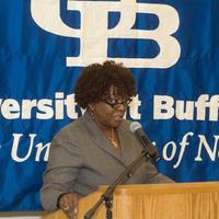 http://digital.lib.buffalo.edu/photo/photos/20382/20382024.jpg