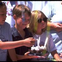 http://digital.lib.buffalo.edu/photo/photos/99070/99070004.jpg