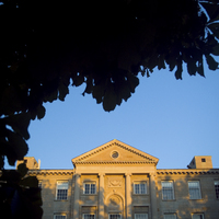 http://digital.lib.buffalo.edu/photo/photos/20205/20205001.jpg
